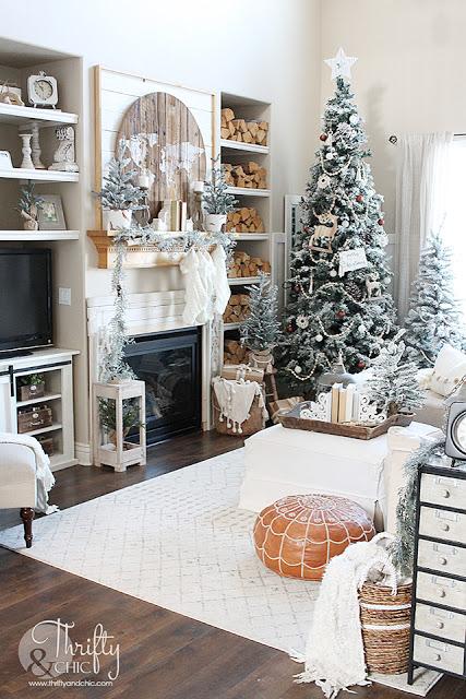 Wood And White Christmas Living Room Decor With Boho Accents Tour 2019 Christmas Living Rooms Christmas Decorations Living Room Modern Christmas Living Room