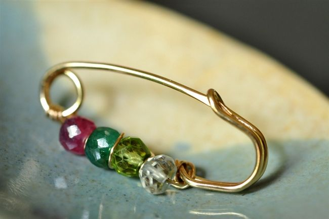 01b4e92dd Customized mother's / grandmother's birthstone brooch | Wire Jewelry ...