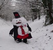 Victorian snowman themed entertainment for hire. Perfect for Christmas entertainment. London and the UK.
