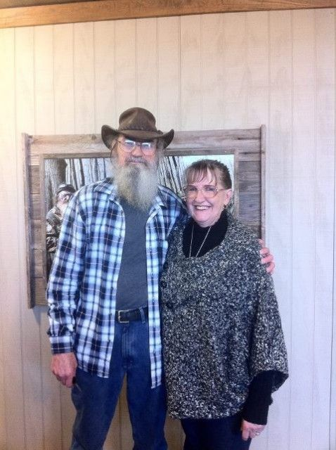 Si Robertson with friendly, Wife Christine Raney