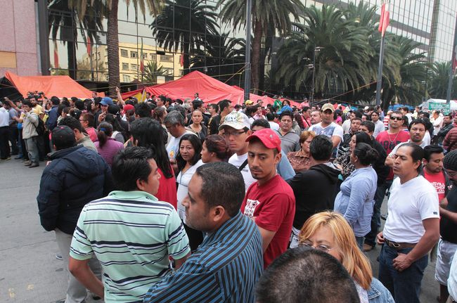 Prevén dos manifestaciones este miércoles en el DF - http://www.bloquepolitico.com/preven-dos-manifestaciones-este-miercoles-en-el-df/
