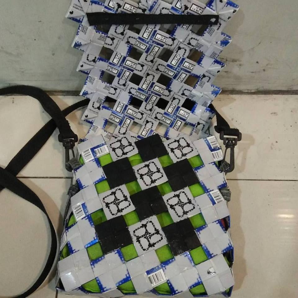 Bag from cigarete pack / tas terbuat dari bungkus rokok . #tas ...