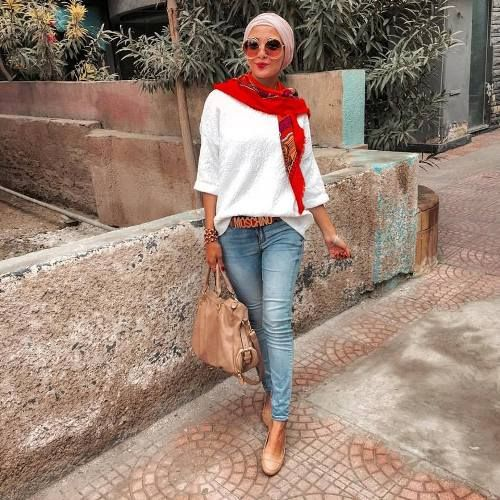 smart-hijab-outfit- Smart and cute hijab outfits http://www.justtrendygirls.com/smart-and-cute-hijab-outfits/