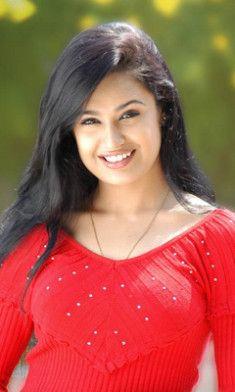 Yuvika Chaudhary Biography, Wiki Detail, Age, Height ...
