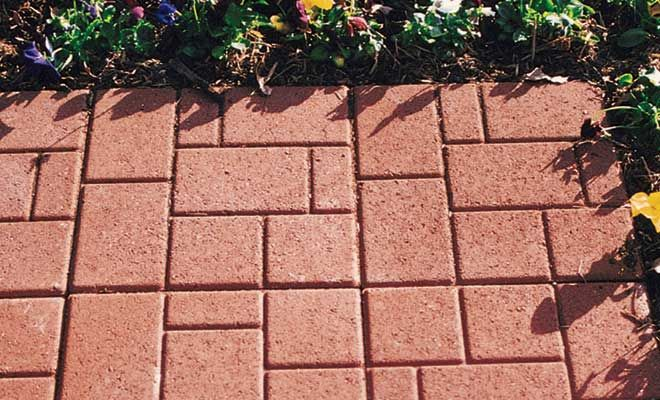 Stratford patio stone is an easy alternative to the traditional look ...