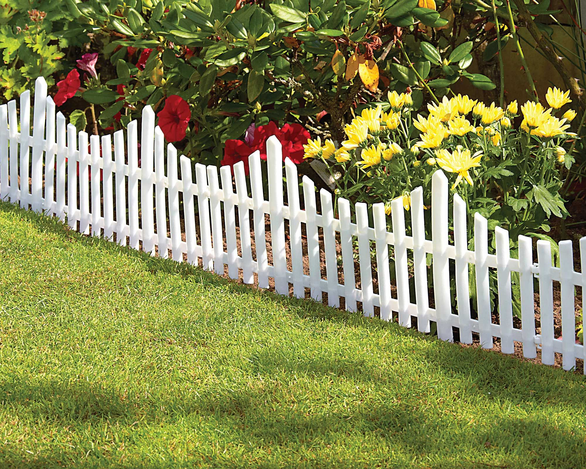 picket+fence | Picket Fence Panels Pack With Grass And Flower Great ...