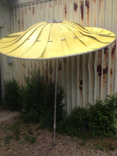 Vintage Retro 1950 S 1960 Eames Era Cool Aluminum Patio Pool Umbrella Shade Measure About 7 Diameter X 8 Tall