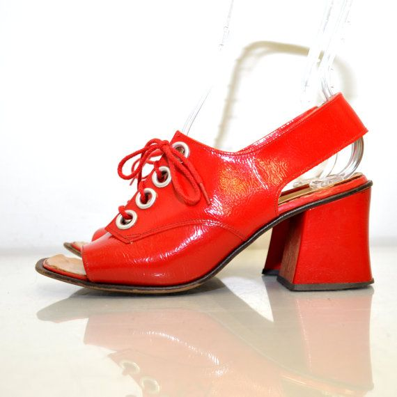 Vintage Mod 60s..  I had this style shoes in bright yellow, bright lime green, hot orange and hot purple.. so Funny!!