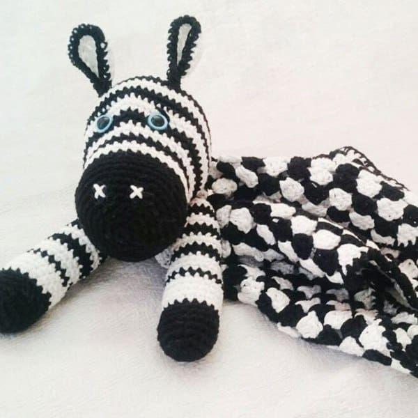Amigurumi cebra baby comforter - patrón de ganchillo gratis ...