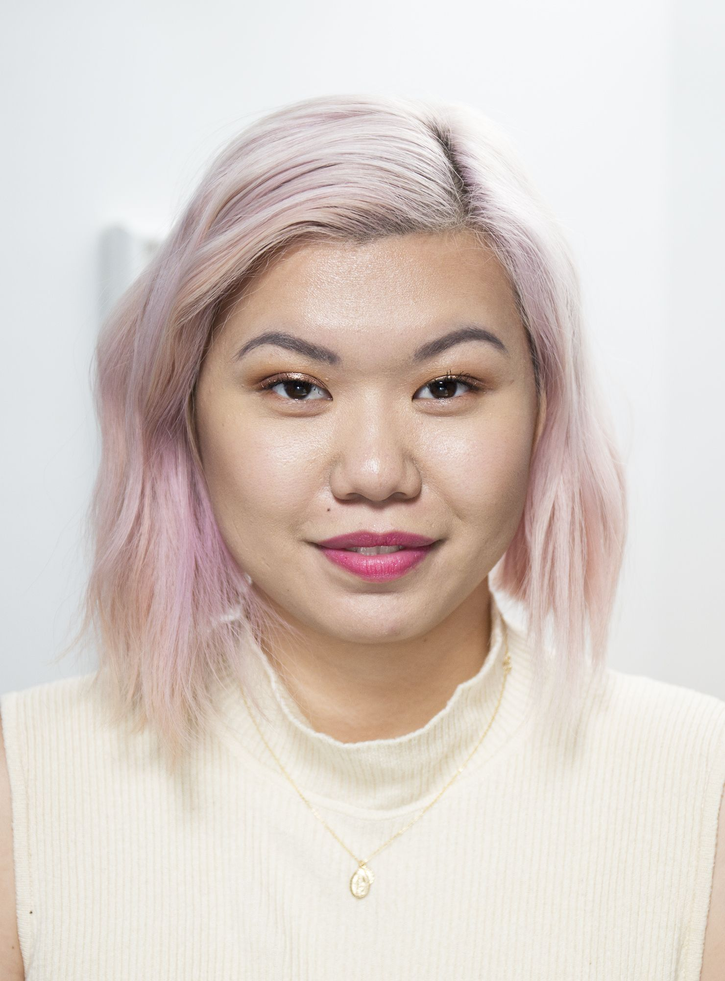 Dupe That Stila Glitter & Glow Liquid Eye Shadow makeup