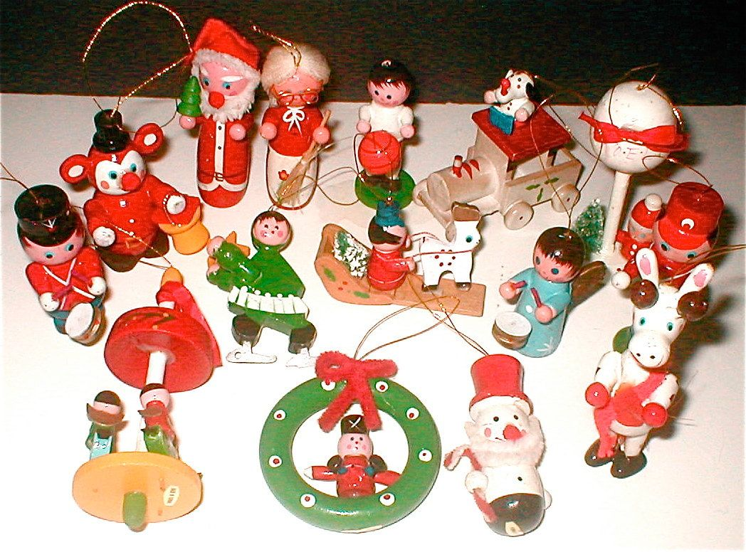 Wooden Christmas Ornaments Part - 42: Vintage Wooden Christmas Ornaments - Made In Taiwan