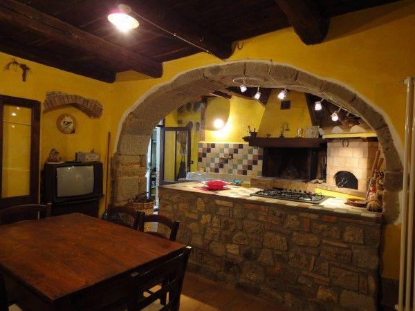 Mattoni rustici per interni design per la casa for Interni rustici