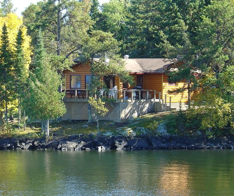 Ontario tomahawk cottages lake of the woods sioux for Lakefront cottage plans canada