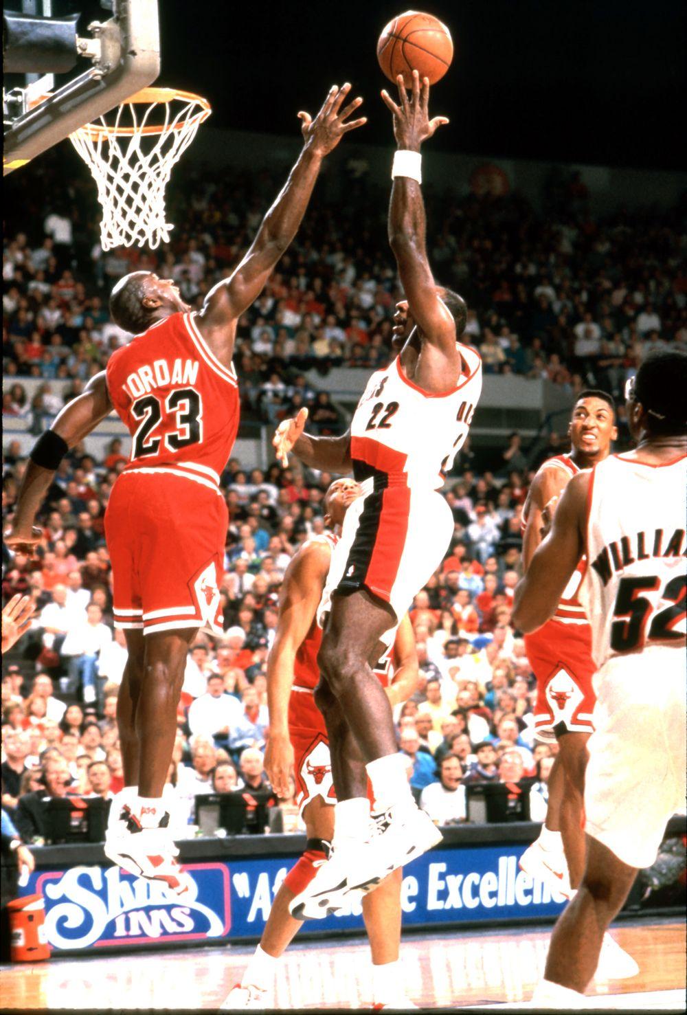 Michael Jordan vs. Clyde Drexler