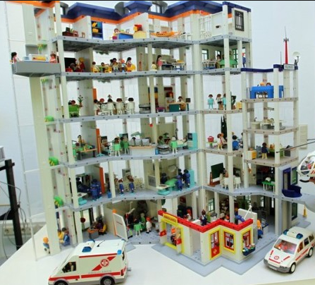Hospital playmobil legos pinterest playmobil for Hospital de playmobil