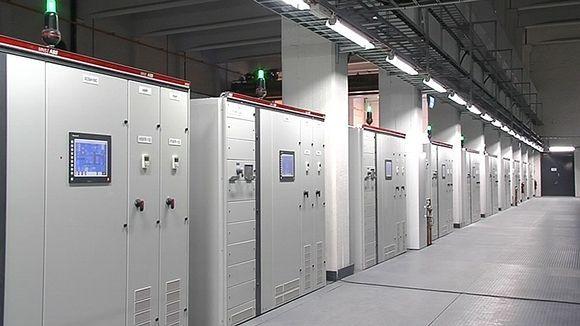 """Hmmm, so maybe these servers help that counter to tick xxx Mb """" (and counting) of free storage. """" #thankyou :) -- Googlen palvelinkeskuksen laitteistoa Summan vanhassa tehtaassa Haminassa."""