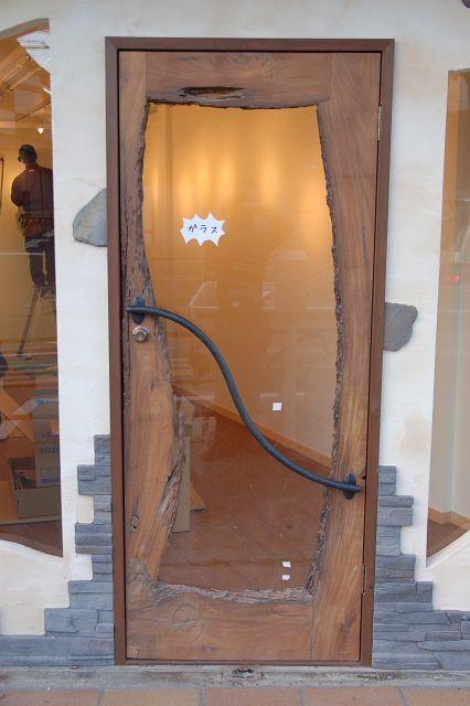 ロートアイアン扉取っ手 ドアのデザイン 格子 戸 木製ドア