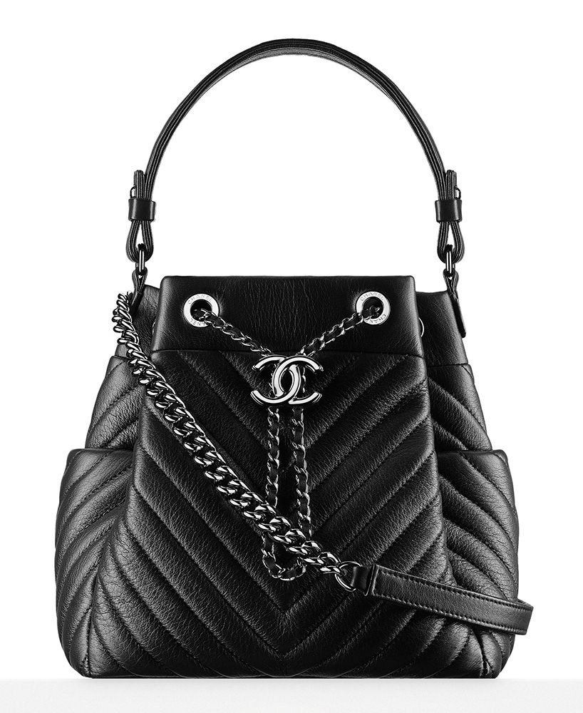 e80c60d1710a Check Out Photos and Prices for Chanel's Metiers d'Art Paris in Rome 2016  Bags, In Stores Now