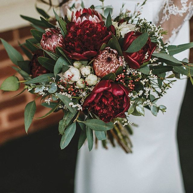 Here's another sneak from issue 14! We are smitten kittens with Shana and Jordan's day filled with so many hand crafted elements (like this beautiful bouquet made by a family member)  Be sure to pick  is part of Wedding flower pictures -