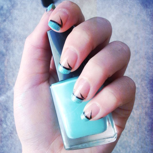 Simple but bright!! The color I used was called aqua fantasy :)