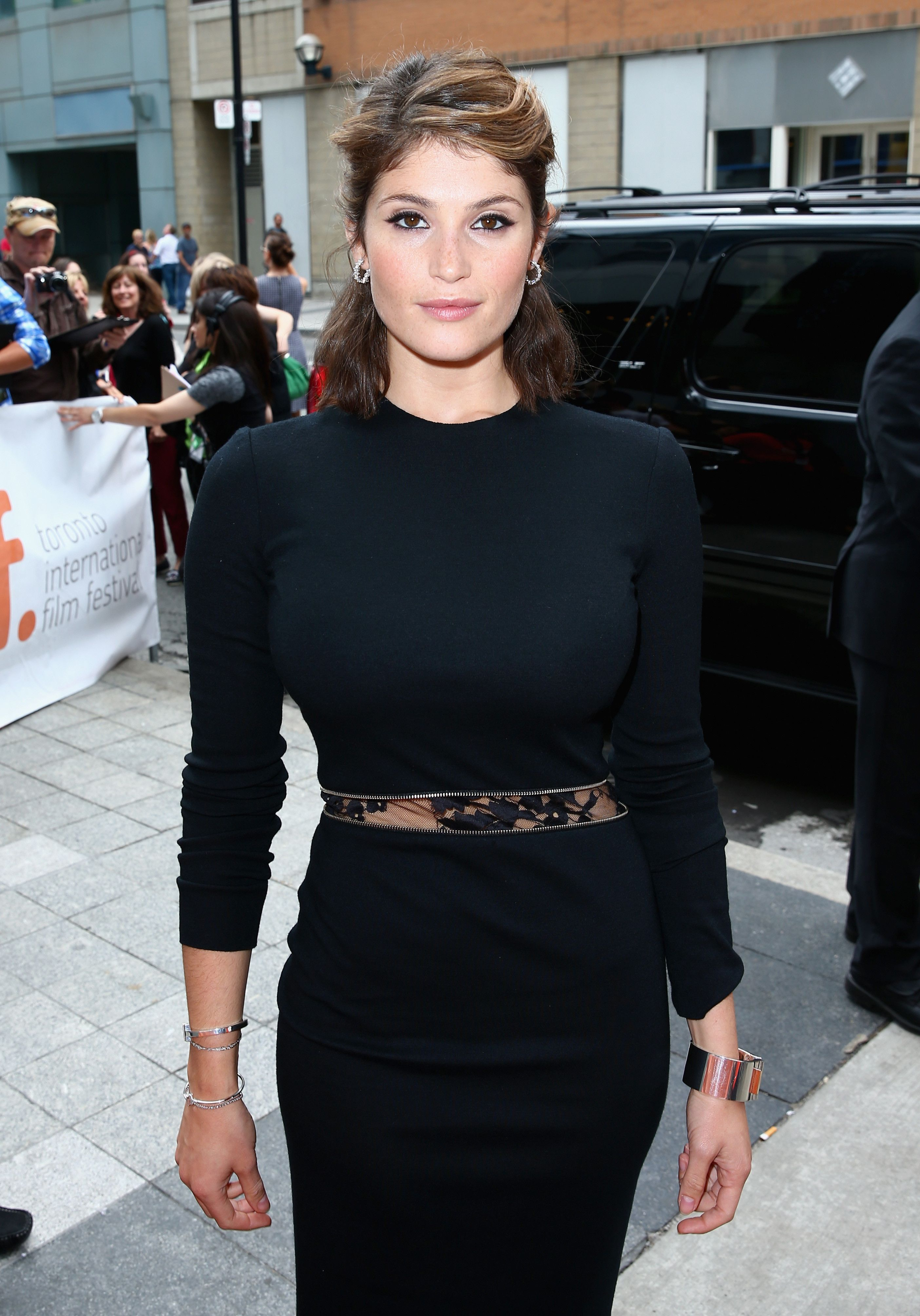 gemma arterton james bond
