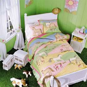Girls Horse Bedroom | Pretty Ponies Quilt - For Girls | ThisNext ... : pony quilt - Adamdwight.com