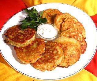 Deruny (Ukrainian Potato Pancakes) Tasty Recipe Ukraine food recipe
