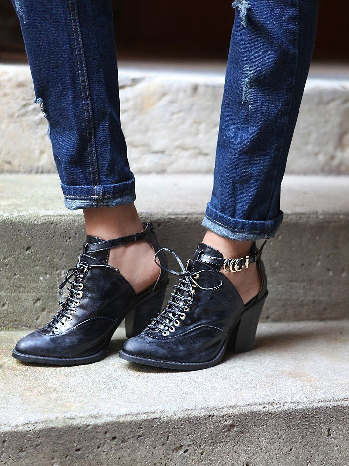Free People Disband Ankle Boot, �0.00