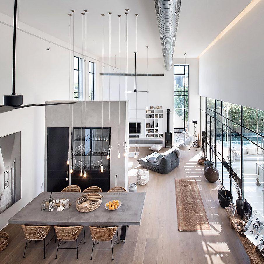 Wohnzimmer des modernen interieurs des hauses pin von tabeathomson u griot auf wohnen  pinterest  haus wohnen