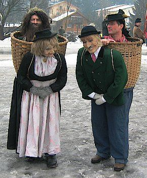 Puppet basket -clever if slightly creepy!  sc 1 st  Pinterest & Perchtenbrauch: Salzburger Heimatvereine   Halloween   Pinterest ...