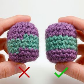 Learn how to crochet a perfect stripe for your amigurumi with this free video and written tutorial. This will teach you how to crochet stripes perfectly both horizontally and vertically when crocheting. #crochetamigurumi