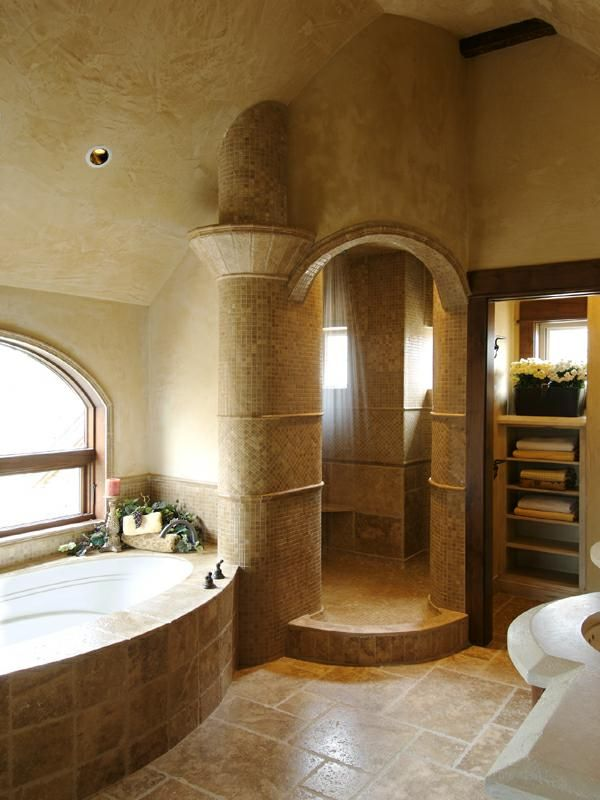 Jess Alway home in Bend, Oregon. plaster walls