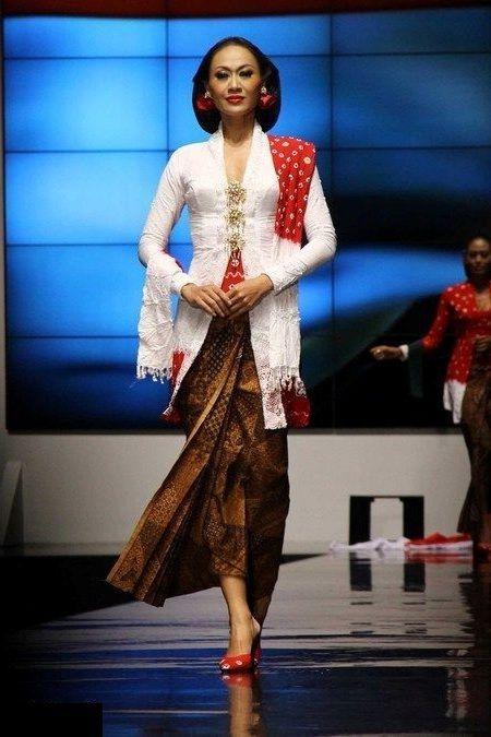Model Kebaya Modern Untuk Hari Kartini Terbaru 2016 Traditional