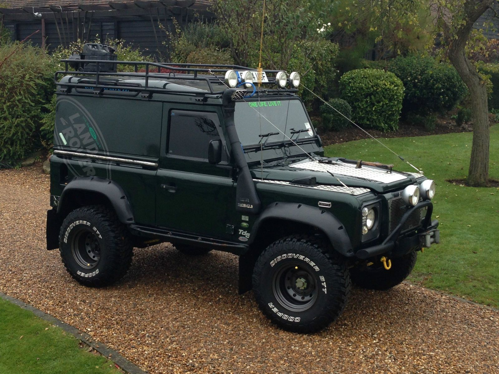 land rover defender 90 lifted. land rover defender 90 pesquisa google lifted e
