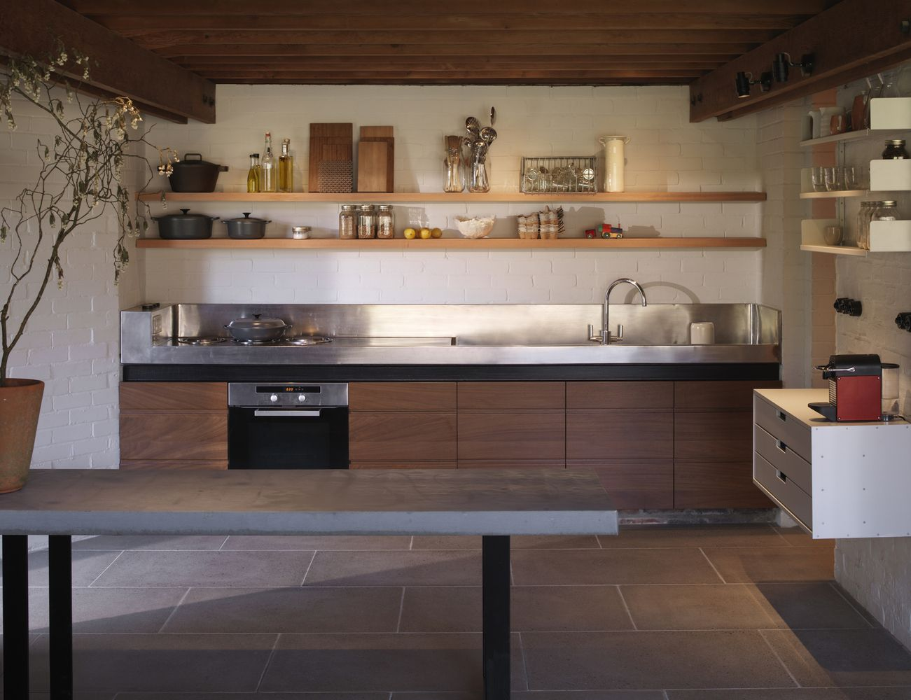 Gallery of Ansty Plum House + Studio / Coppin Dockray - 11 | Studio ...