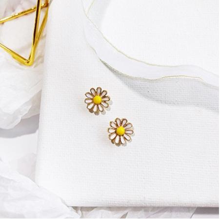 Pin by Alexa sham on 饰品 Women's earrings, Rose gold