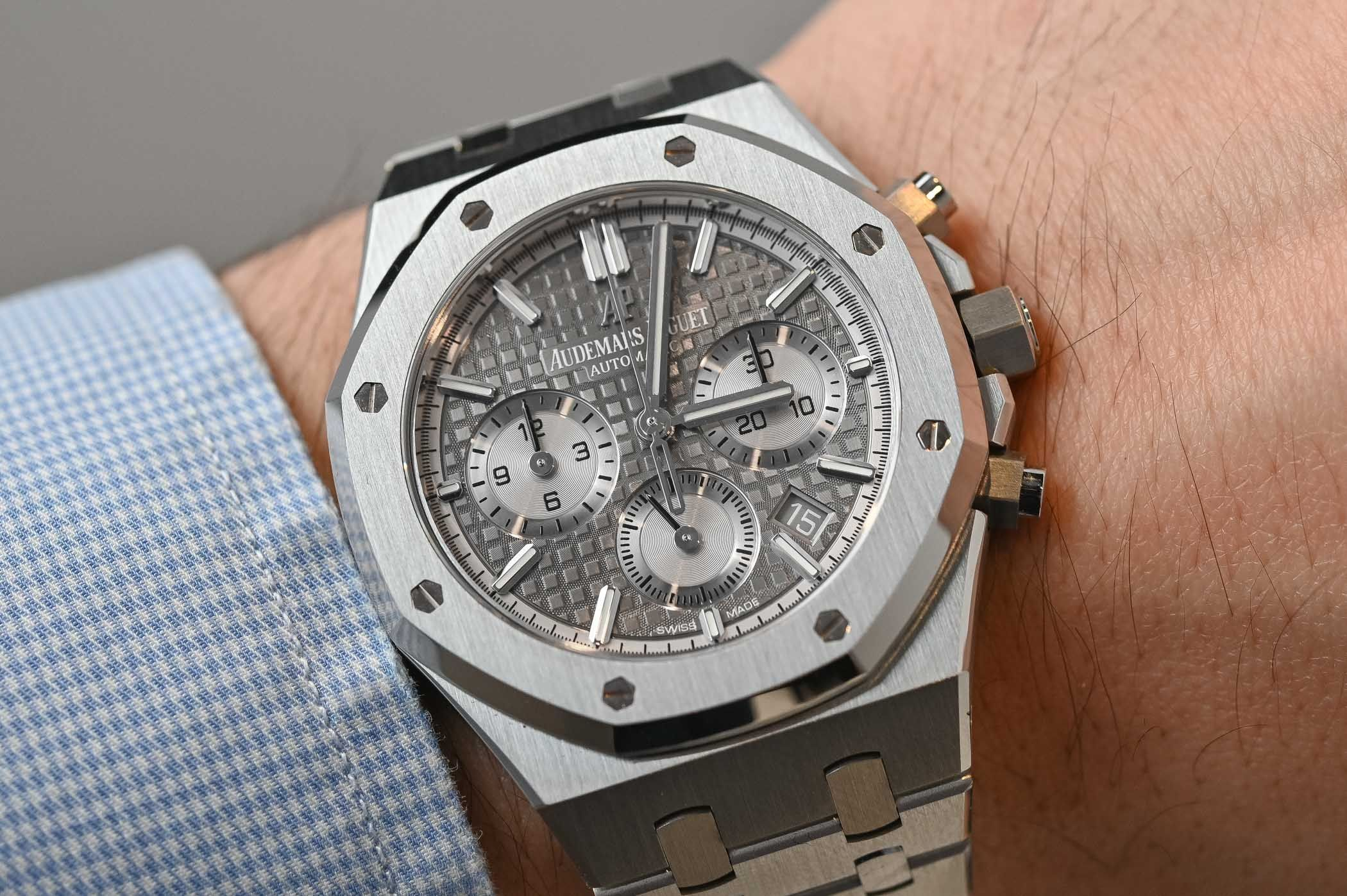 Hands-On - Audemars Piguet Royal Oak Selfwinding Chronograph 38mm ref.  26315 (Specs & Price) | Audemars piguet, Best watches for men, Piguet
