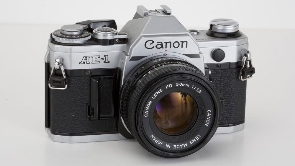 The Best Film Cameras In 2021 Recapture The Magic Of Film Photography Best Film Cameras Pentax Vintage Film Camera