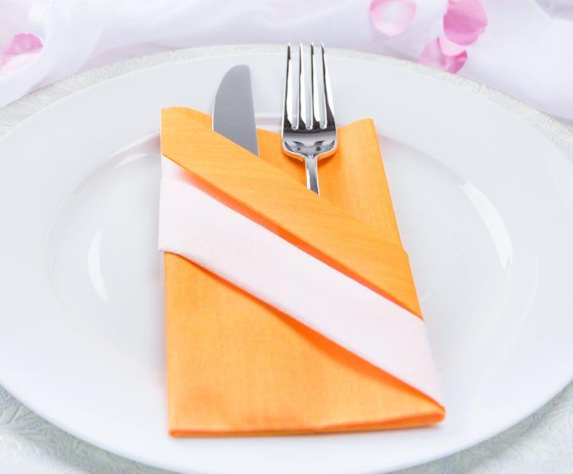 Servietten Bestecktasche kreativ servietten falten die bestecktasche bestecktasche