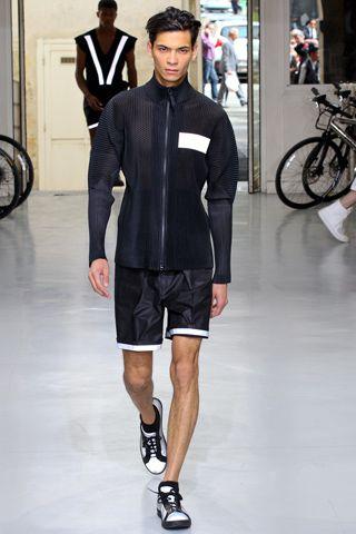 Issey Miyake Spring 2013 Menswear