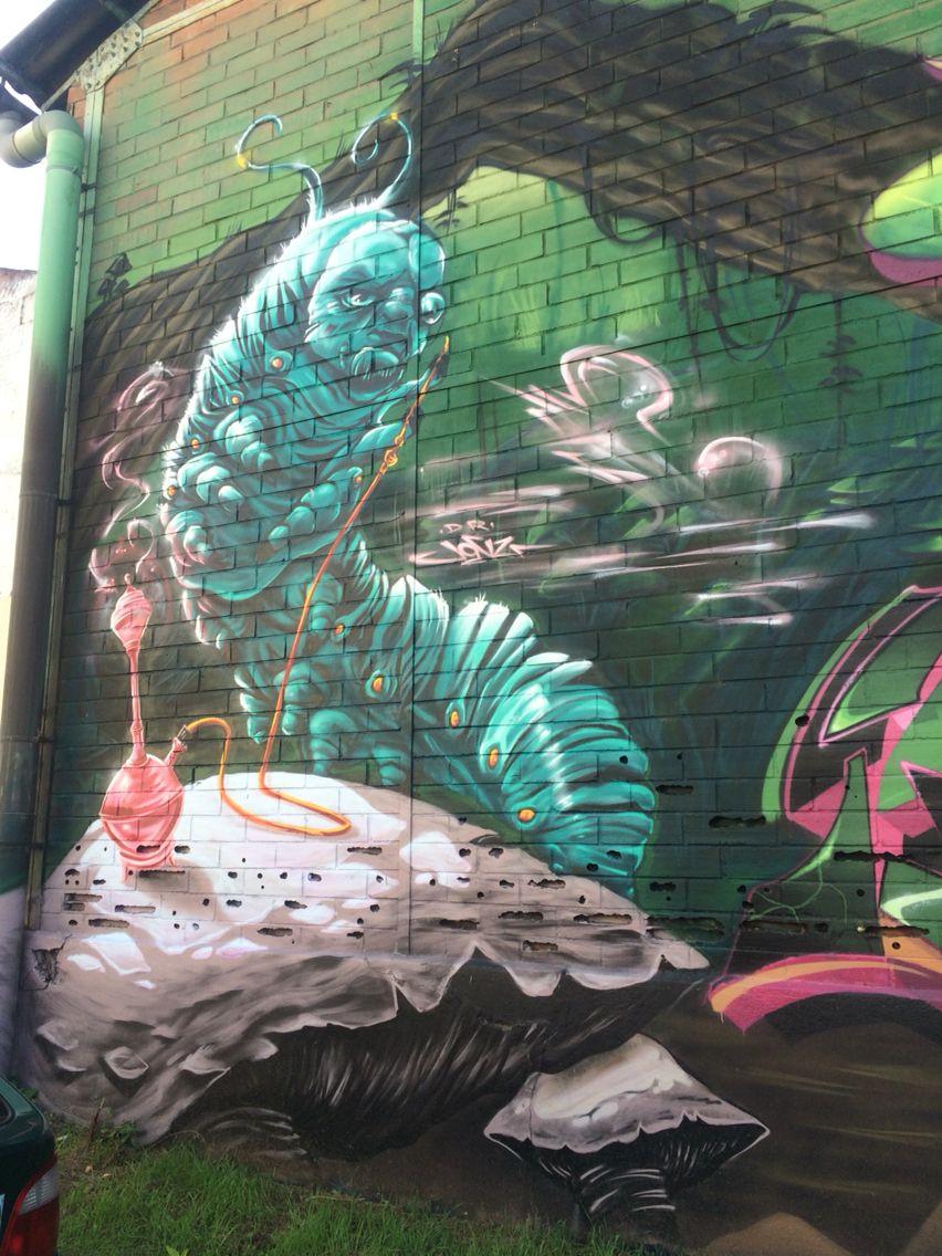 street art bordeaux rive droite next to hangar darwin. Black Bedroom Furniture Sets. Home Design Ideas