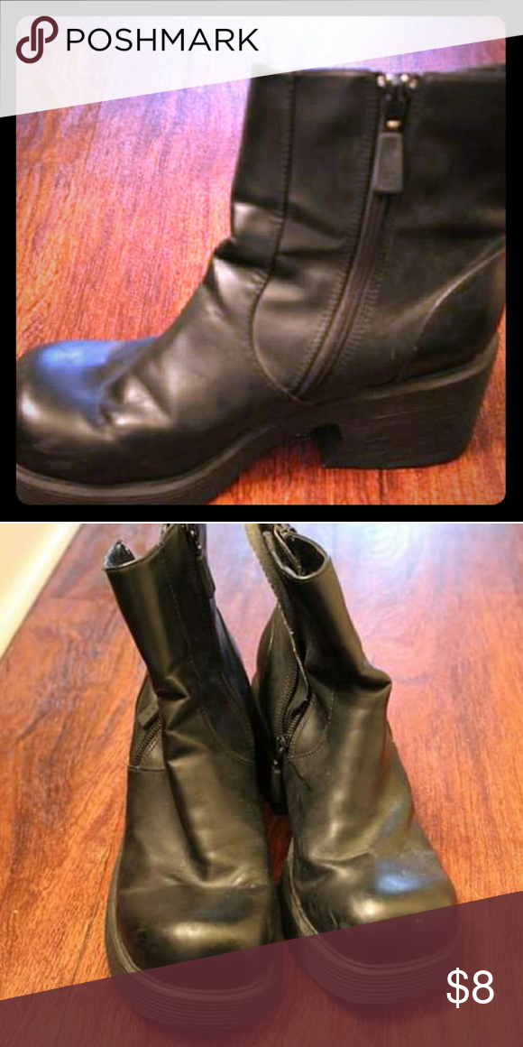 30529e74c983 Black Chunky Boots A little bit of wear as shown but if you re going for  the distressed look these are perfect! I love these but I have way too many  shoes ...