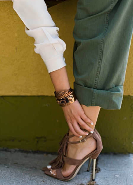 LOVE {and need} these shoes, and rolled up army green cargo pants.