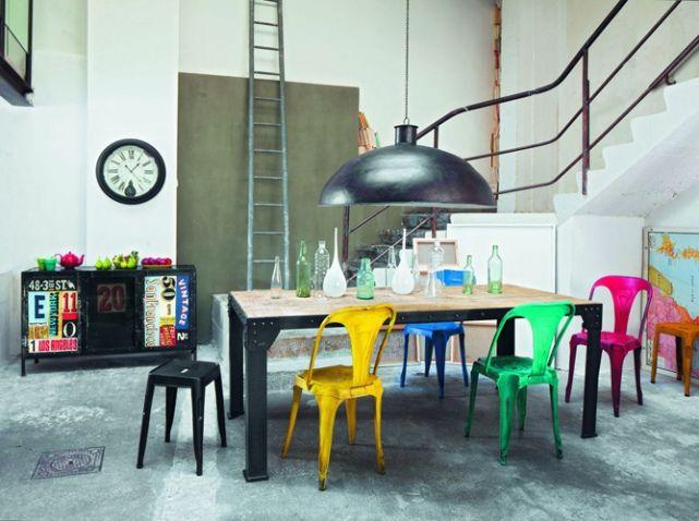 Cuisine Avec Chaises Multicolores Sejour Pinterest Chaises - Table et chaises depareillees pour idees de deco de cuisine