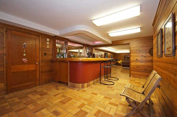 Here S A Vintage Basement Rec Room With Wood Paneling