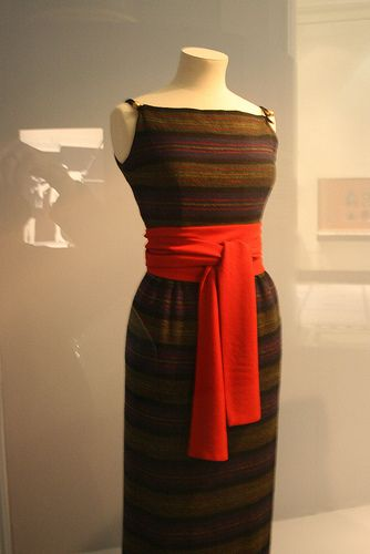 Claire McCardell day dress with red sash - V&A Museum.