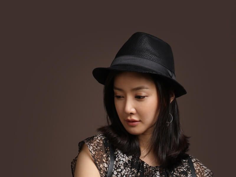 Korean Drama Actresses  Lee Si Young Check more at http://voteformost.com/contestants/lee-si-young/
