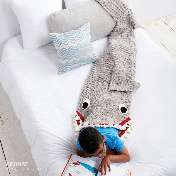 Fin-Tastic Shark Sack crochet pattern free. | ganchillo | Pinterest ...