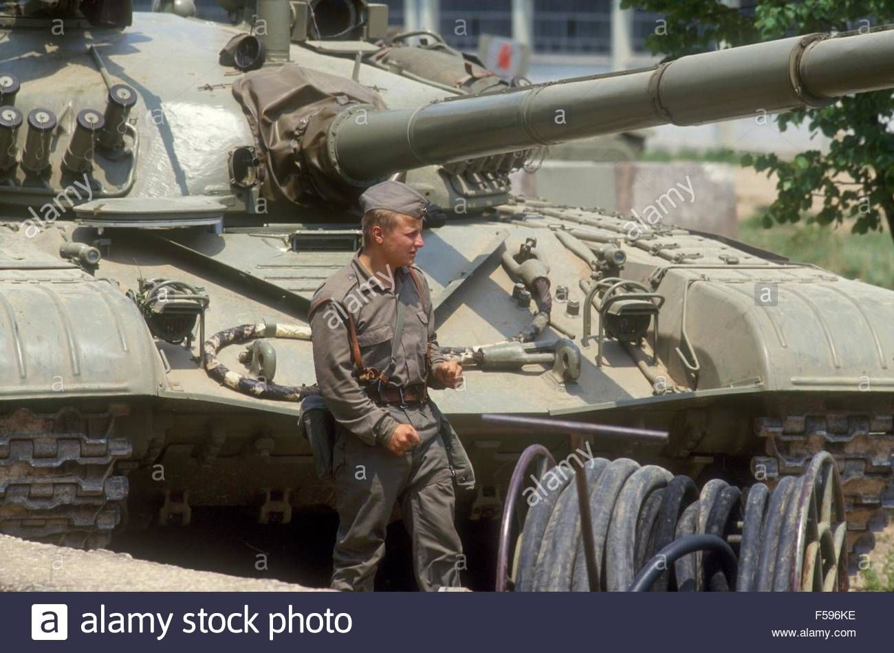Stock Photo - War in ex Yugoslavia, Serbian tanks blocked in their barracks besieged by Slovenian militia during the independence war of July 1991