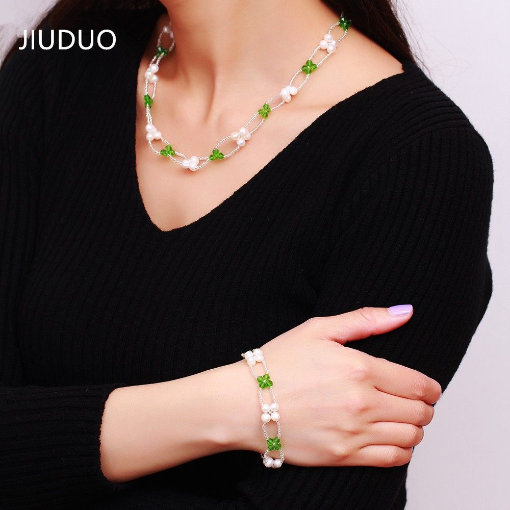Quality female models natural freshwater pearl necklace luxury piece